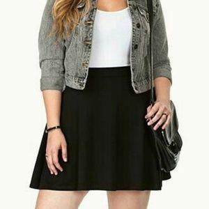 Dresses & Skirts - 🆕 Black Stretch Skater Skirt Plus Size